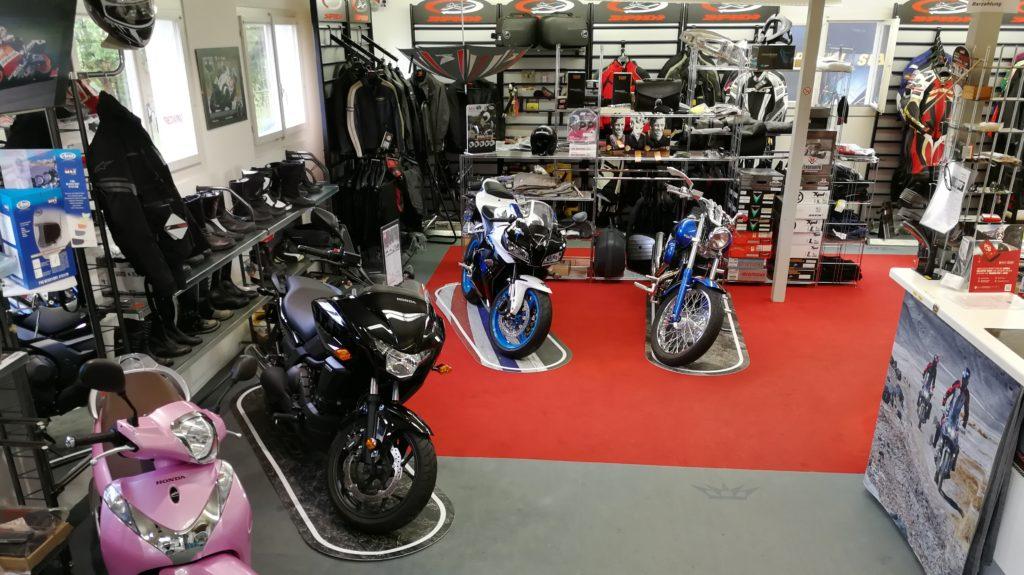 Motorrad und Zubehör